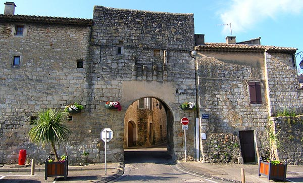Saint Paul Les Trois Chateaux Hotel